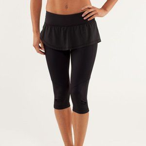 Lululemon Spin it to win it Crop pant skirt 4
